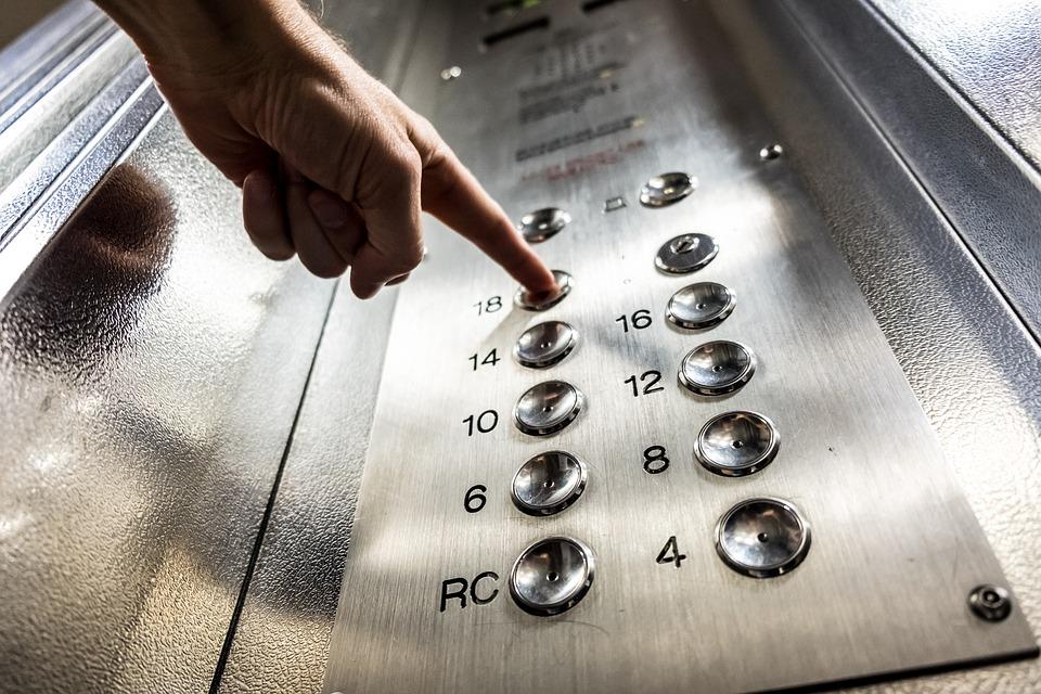 elevator-3479633_960_720